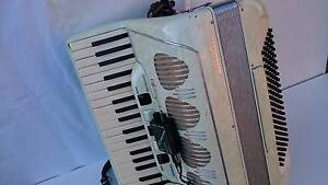 Galanti  120 bass piano accordion female made in Italy Epping Whittlesea Area Preview