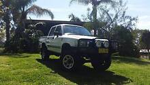 1996 Toyota Hilux Ute 4x4 Dual Cab Valley Heights Blue Mountains Preview