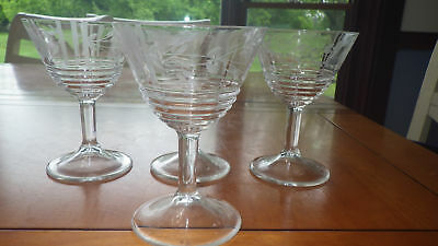 Vintage Etched Wine Glasses Ribbed bottom floral bowl 4 6oz clear stems