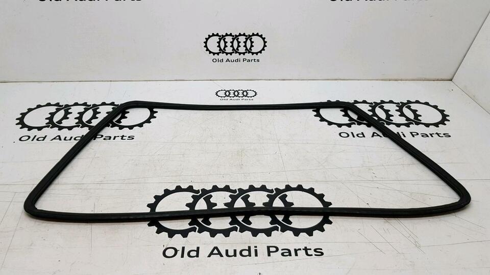 Dichtung Frontscheibe Audi Coupe Urquattro B2 Typ81 85  855845121 in Bredstedt