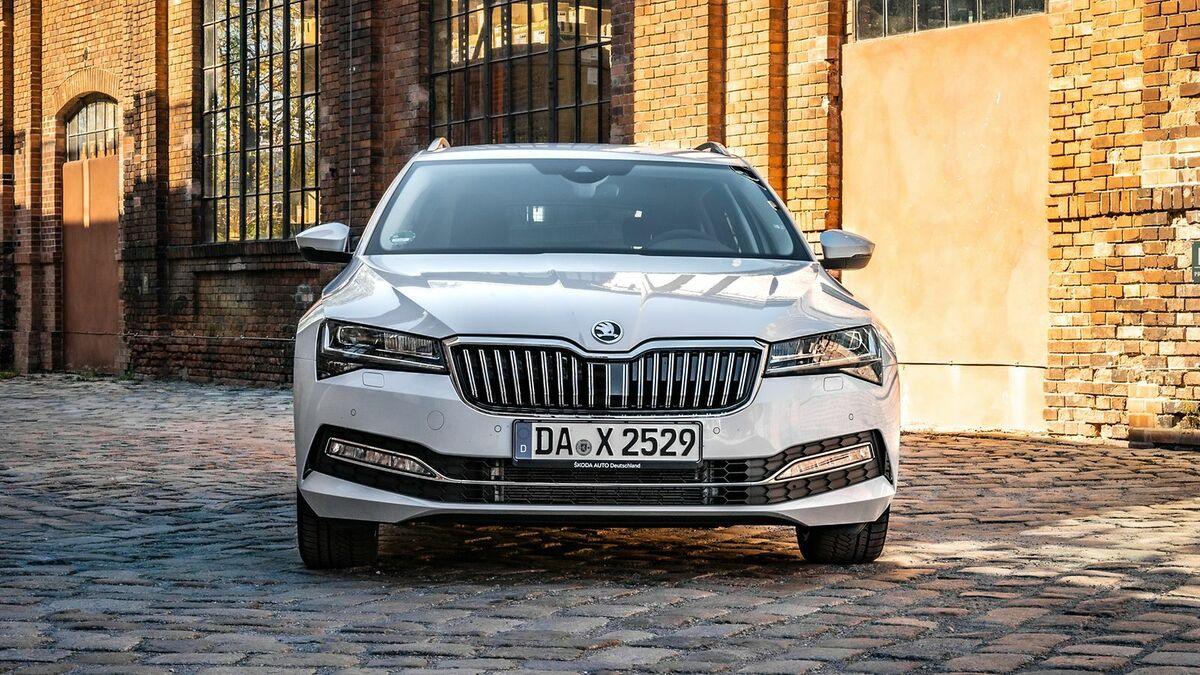 Skoda Superb 3 (2019) Test  11