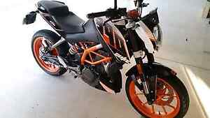 KTM DUKE 390 MY 2014 motorbike Annandale Townsville City Preview