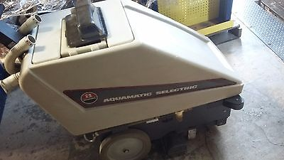 Advance Aquamatic Selectric Self-propelled Carpet Cleaning Machine Model 263501
