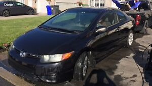 Honda Civic 2006 coupe Automatic 170,000kms