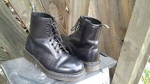 Dr Martins 1460's black 8 hole boot. Womens UK5.AUS 7.5-8 Bellbird Heights Cessnock Area Preview