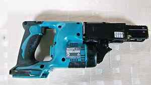 Makita 18v auto feeding screw gun for sale Chipping Norton Liverpool Area Preview