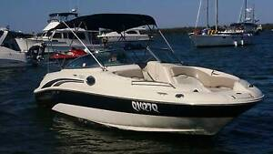 Sea Ray 240 Sundeck Bowrider Main Beach Gold Coast City Preview