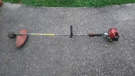 Stihl FS74 Brushcutter whipper snipper