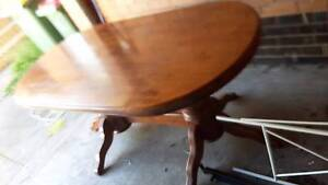 Endeavour table and 6 chairs for $350 Maribyrnong Maribyrnong Area Preview