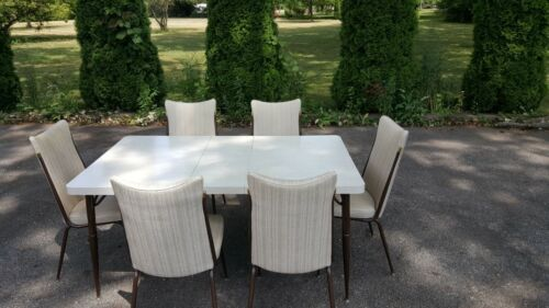 Vintage 50s Retro Mid Century by HOWELL Decor Formica kitchen table and chairs