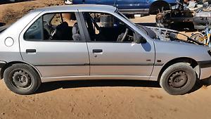 1998 Peugeot Paringa Renmark Paringa Preview