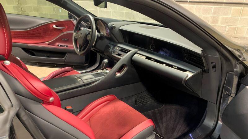 Image 19 Voiture Asiatique d'occasion Lexus LC 2018