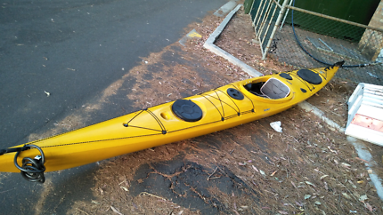 Seabird - Expedition HV Kayak (10 Mths Old) + 2 Paddles