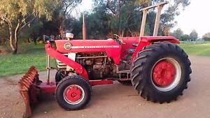 Massey 175 with 7' under axle blade / stick rake, slasher & jib Dubbo Dubbo Area Preview