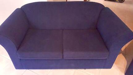 2x 2 Seater Sofas in good conditions - Ready to pick up! Mile End West Torrens Area Preview