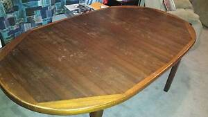 SOLD & PICKED UP Extendable Dining Table Langwarrin Frankston Area Preview