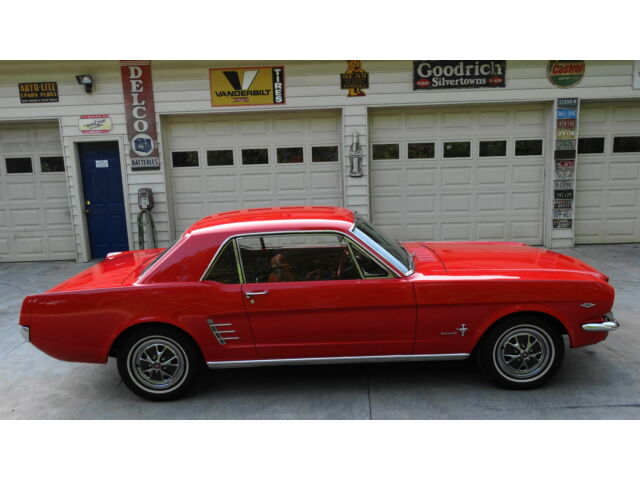 Ford : Mustang MISSISSIPPI TITLE....V8....NICE PAINT....NICE INTERIOR