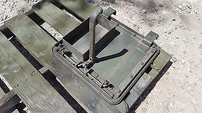 WW2 Tank Stuart M5 M5A1 NOS Escape Hatch Original G103