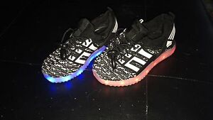 Rechargeable LED toddler sneakers