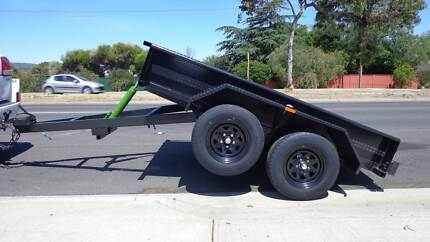 TANDEM TRAILER MANUAL TIPPER DUAL AXEL BRAKED $2950