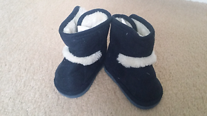 Baby boots 6-9 months Burwood Whitehorse Area Preview