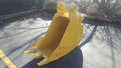New 24 Caterpillar 315 Heavy Duty Excavator Bucket With Coupler Pins