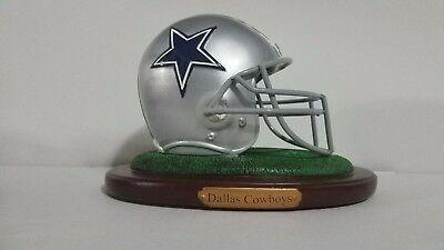 Dallas Cowboy Party (Dallas Cowboys Limited Edition Replica Helmet Figure The Memory)