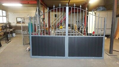HG7 Wrought iron driveway gates. 1 set only to fit a 10 foot (3050mm) opening
