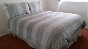 Double bed logan & mason doona cover Wollongong Wollongong Area Preview