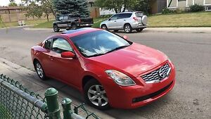 2008 Nissan Altima coupe low km $10500 OBO