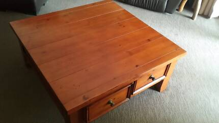 Coffee Table Square wooden with 4 drawers