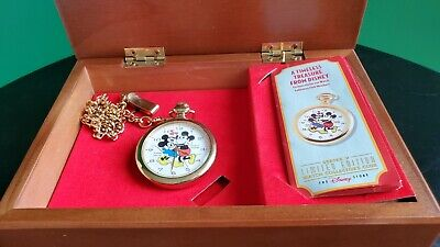 RARE MICKEY MOUSE & MINNIE TRUE LOVE POCKET WATCH AND MUSIC BOX