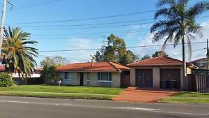 3bd House with Home Industry Business License. Woodcroft Blacktown Area Preview