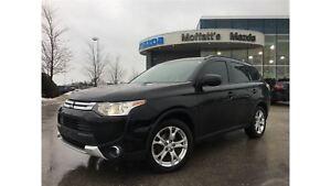 2015 Mitsubishi Outlander ES 4WD 2.4L 4 CYLINDER - GREAT ON GAS!