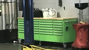 Big green tool box months old like new