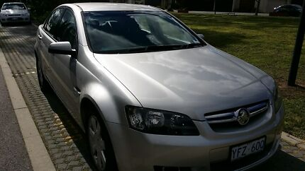 2006 Holden Berlina Sedan MOVING OVERSEAS - URGENT SALE Watson North Canberra Preview