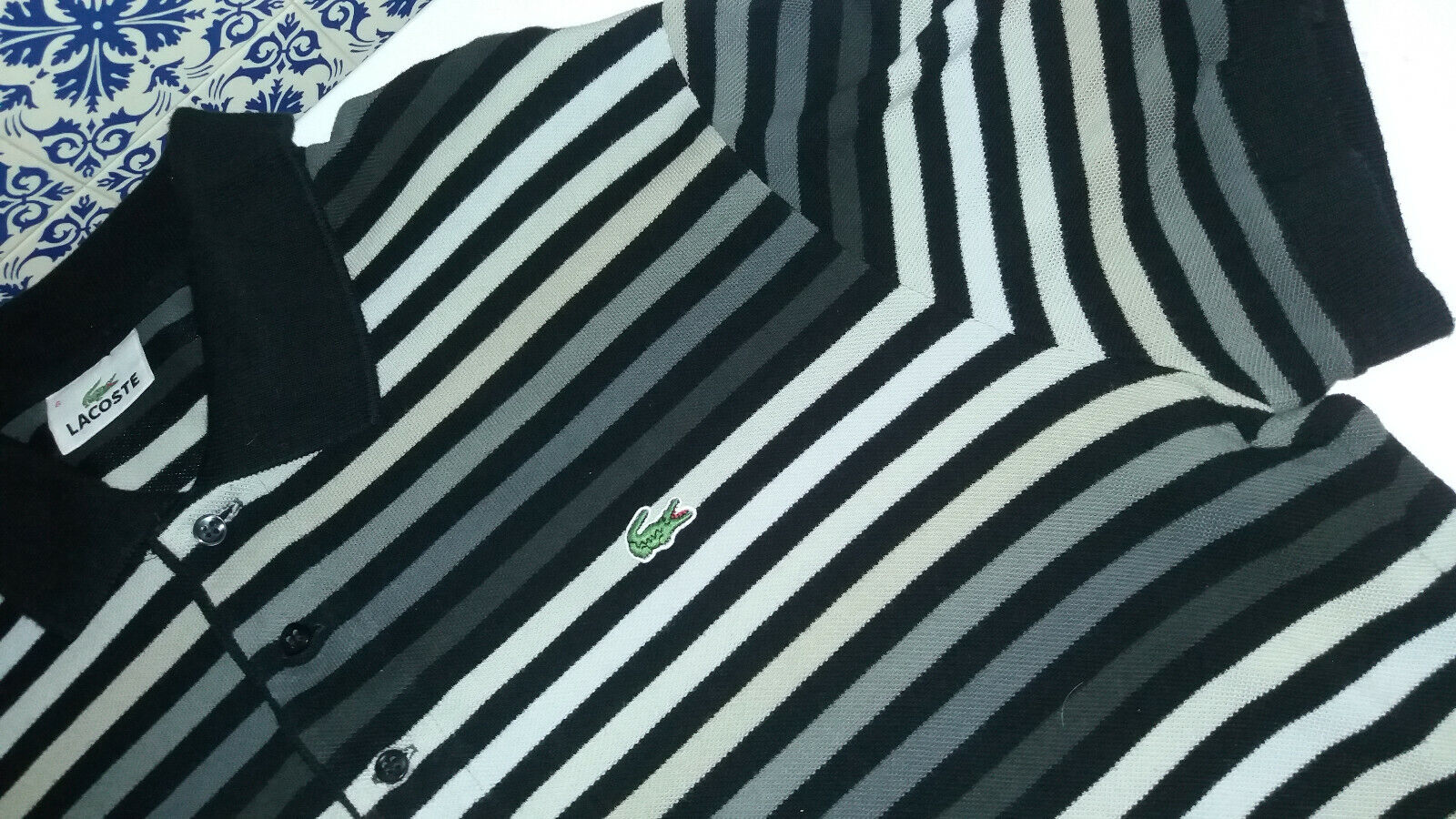 Polo lacoste état nickel taille xl