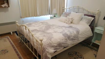 Queen size timber slat bedframe