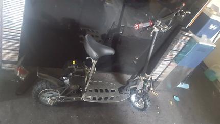 2 stroke 49cc 3speed scooter