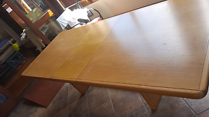 Dining table extendable Naremburn Willoughby Area Preview