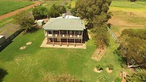 14R Nulla Road - Country Lifestyle, City Convenience! Dubbo Dubbo Area Preview