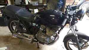 Suzuki gsx250 83. Cafe racer $ 800 bobber ready for rego Greenfield Park Fairfield Area Preview