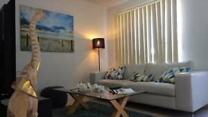 Large Furnished Room Available in Superb Coogee Location