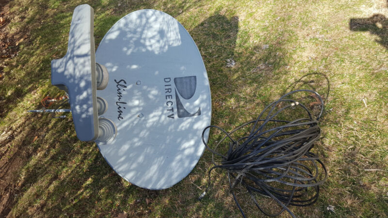 Direct Tv Directv Dtv Slimline Kaku Satellite Dish Antenna Swm3 Swim 3 Sl3s