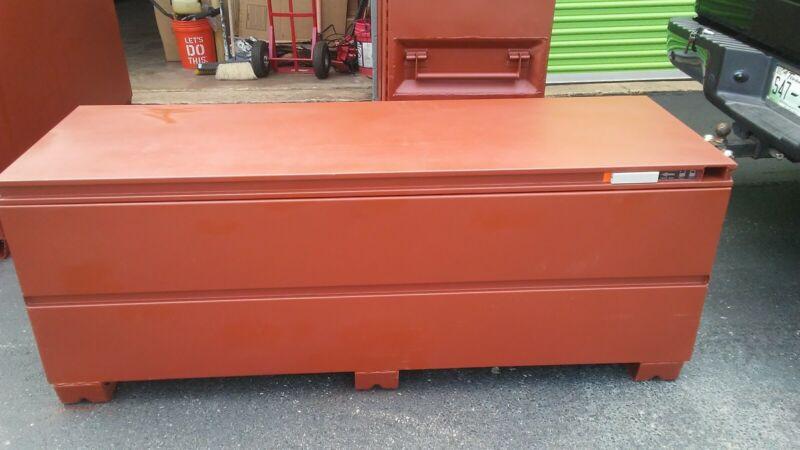 "CRESCENT JOBOX 1-658990 Jobox® Jobsite Tool Box, 27-3/4""H x 72""W x 24""D, Brown"