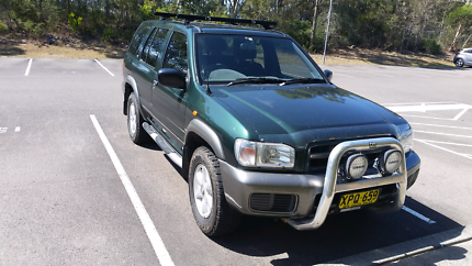 Nissan Pathfinder 4 door Wagon 4x4 Budgewoi Wyong Area Preview