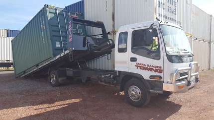 TOWING SHIPPING CONTAINER TRANSPORT YARRA VALLEY TILTTRAY SERVICE