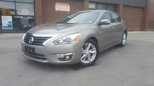 2014 Nissan Altima 2.5 SL NAVIGATION / LEATHER / 9K ONLY!!!