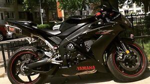Yamaha R1 Raven Edition