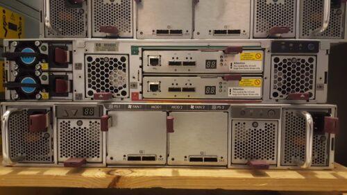 AJ940A HP StorageWorks D2600 12-Bay LFF Disk Enclosure